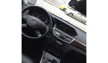 Mercedes-Benz E 200 CDI CLASSIC '12 full